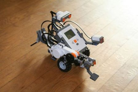 lego_mindstorms_nxt_robot